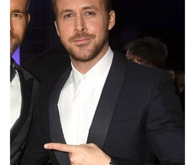 A Photo Of Ryan Gosling And Ryan Reynolds Which Blake Lively Cropped For Her Husbands Birthday