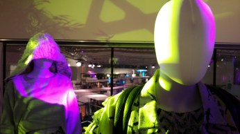 pop-up-store-mannequin-bfd16