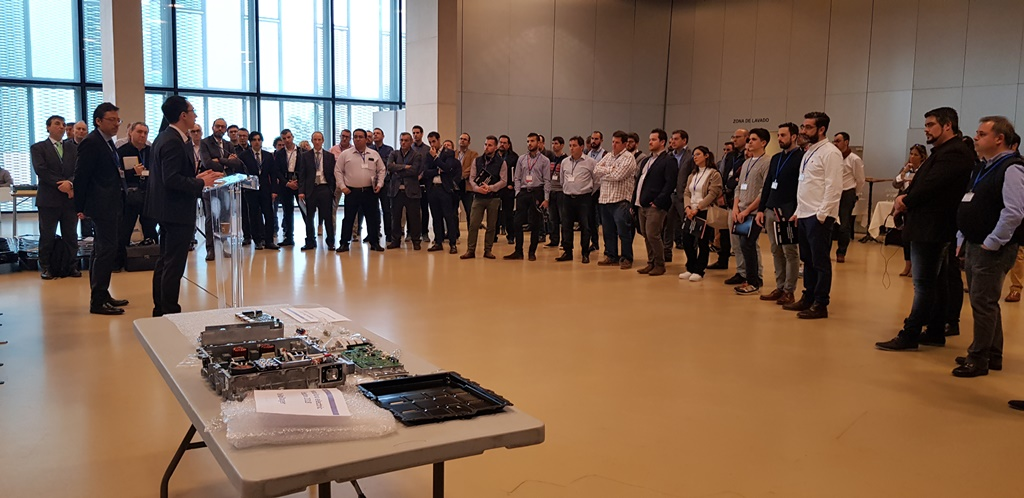 La primera edición de los Hybrid & Electric Vehicles Days reúne en Zaragoza a más de 200 asistentes de varios países que representan a toda la cadena de valor de la automoción