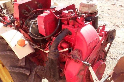 Tractor LOMBARDINI LDA820