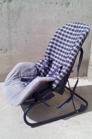 Cadireta infantil quadres blaus