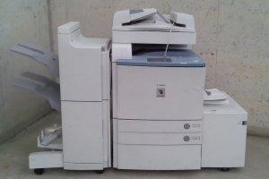 Fotocopiadora CANON CLC 3220 de segona mà per a peces a cabauoportunitats.com