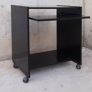 Taula auxiliar de color negre de 64cm de segona mà a cabauoportunitats.com