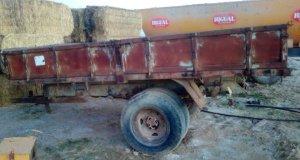 Remolc de 5000kg per a tractor en molt bon estat a cabauoportunitats.com