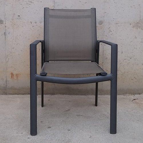 Taula terrassa d'ocasió amb 4 cadires a cabauoportunitats.com