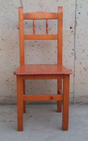Cadira de fusta de pi d'ocasió a cabauoportunitats.com Balaguer - Lleida - Catalunya
