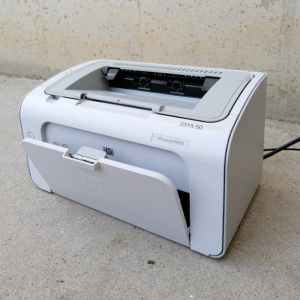 Impressora làser HP LASERJET P1005 de segona mà a cabauoportunitats.com Balaguer - Lleida - Catalunya