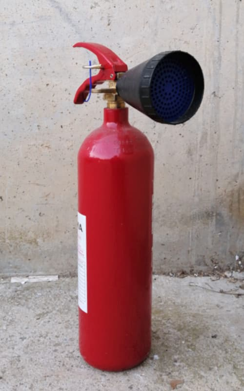 Extintor de CO2 de segunda mano en cabauoportunitats.com Balaguer - Lleida - Catalunya