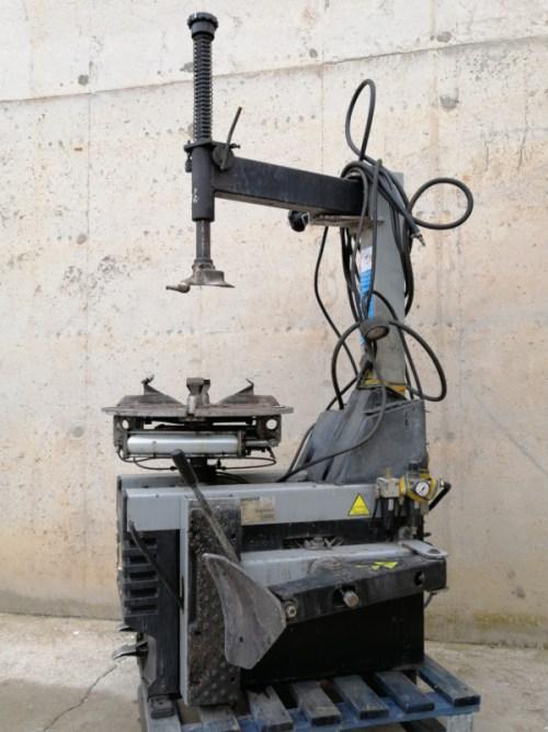 Màquina de canviar rodes SIMPLESFAIP M-318 de segona mà en venda a cabauoportunitats.com Balaguer - Lleida - Catalunya