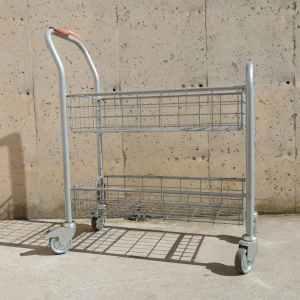Carro metàl·lic de 80x36cm d'ocasió en venda a cabauoportunitats.com Balaguer - Lleida - Catalunya