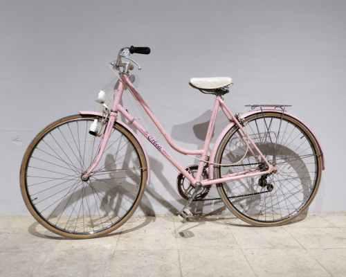 Bicicleta de passeig de color rosa ORBEA de segona mà en venda a cabauoportunitats.com Balaguer - Lleida - Catalunya