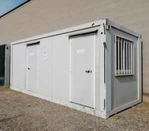 Mòdul contenidor dividit en 2 habitacions d'ocasió en venda a cabauoportunitats.com Balaguer - Lleida - Catalunya