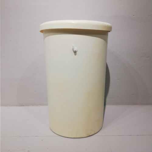 Dipòsit d'aigua potable de segona mà amb tapa en venda a cabauoportunitats.com Balaguer - Lleida - Catalunya