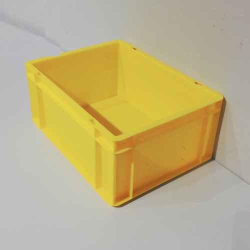 Cajas apilables de 40x30x16cm nuevas en venta en cabauoportunitats.com