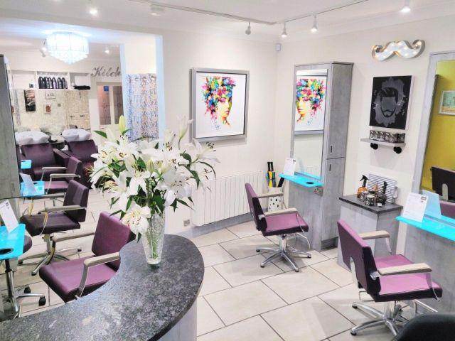 Cabelo Unisex Hair Salon, Interior