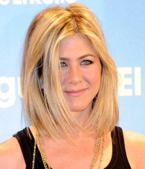 jennifer-aniston-long-layered-bob-77
