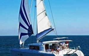 Aeolian Island sail Lagoon 42