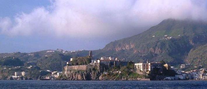 Lipari, Marina Lunga, Sailing Sicily