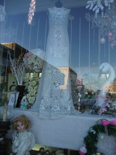 0 -2 Size Aeropostale Wedding Dress