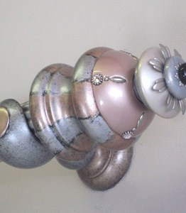 Susan Goldstick Finials J Finial Lily - Light Bronze/Alabaster/Silver/Black