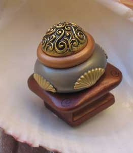 Susan Goldstick Agate Mini Tudor Decorative Cabinet Knob