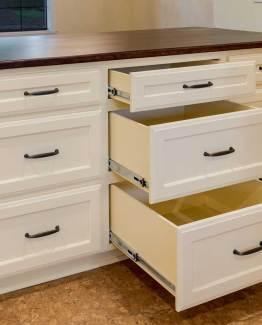 Appliance Pulls & Handles