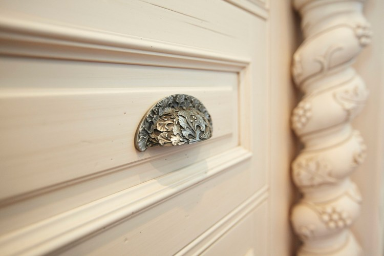 Manufacturers Spotlight-Notting Hill Decorative Hardware