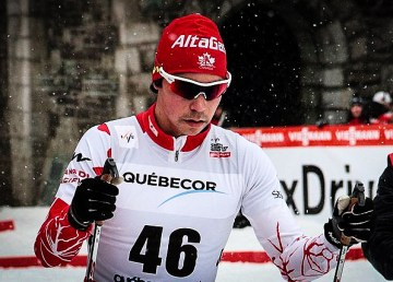 Jesse Cockney at the start of a World Cup race in Quebec in 2012 - Cephas-Wikimedia