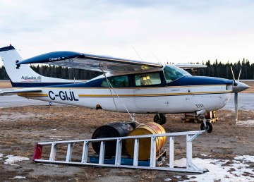 A file photo of Northwestern Air Lease's Cessna 210 in October 2018. Sarah Pruys/Cabin Radio