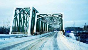 A file photo of the Pine Point Bridge in November 2018. Sarah Pruys/Cabin Radio