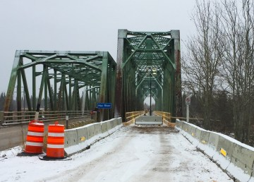 The existing Pine Point Bridge, left, and the railway detour bridge, right. Photo: Department of Infrastructure