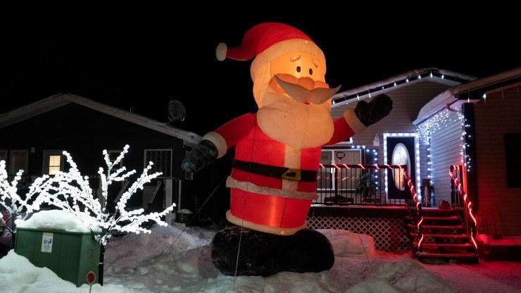 Yellowknife Christmas lights: Inflatable Santa on Haener Drive