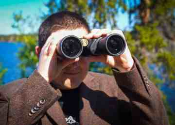 Ollie with binoculars