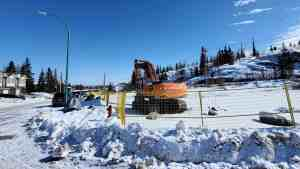 Heavy equipment on the site of a new apartment building near Yellowknife's Tin Can Hill in April 2020