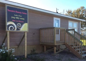 Tannis's Beauty Salon in Fort Simpson