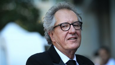 "Photo of Una de las protagonistas de ""Orange is the New Black"" acusó a Geoffrey Rush de acoso sexual"