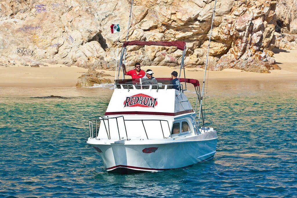 RedRum Sportfishing Cabo 28ft Californian Cabo Fishing Charter boat Cabo San Lucas