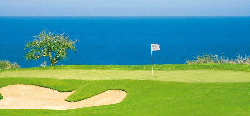 Ocean views over the undulating green at Club Campestre San Jose Los Cabos