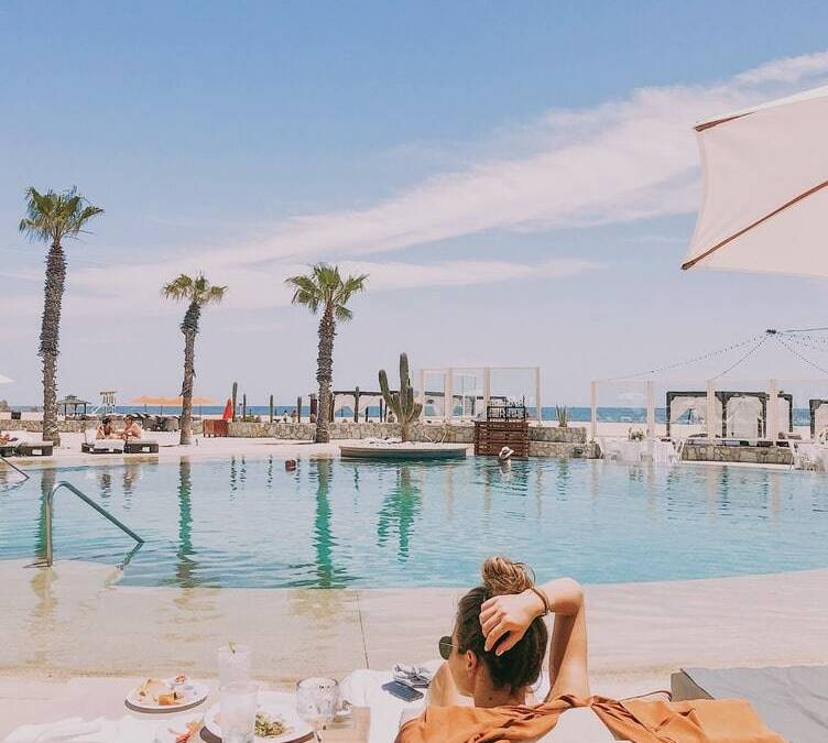 There are so many things to do in Cabo San Lucas on a honeymoon! Cabo is a beautiful, romantic spot for newlyweds to visit.