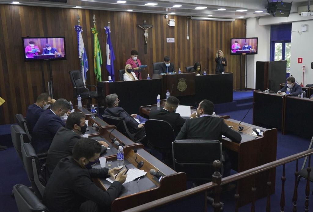 Projeto de Lei quer tornar obrigatória testagem de Covid-19 em funcionários de escolas públicas e privadas