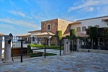 villa la roca pedregal cabo san lucas luxury villa rentals in los cabos entrance