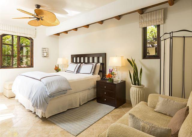 Casa Sahuaro en Cabo del Sol Luxury Rental Villas in Cabo San Lucas suite