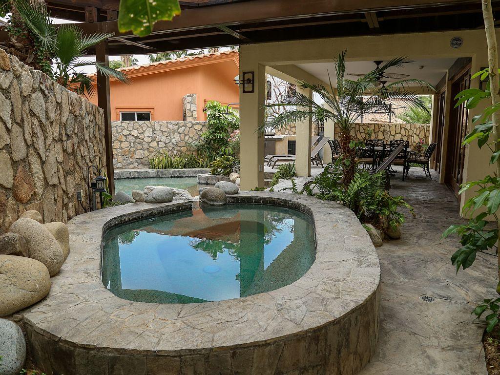 pool-area1