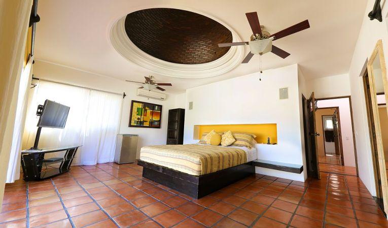casa gran fiesta in Pedregal Los Cabos master suite