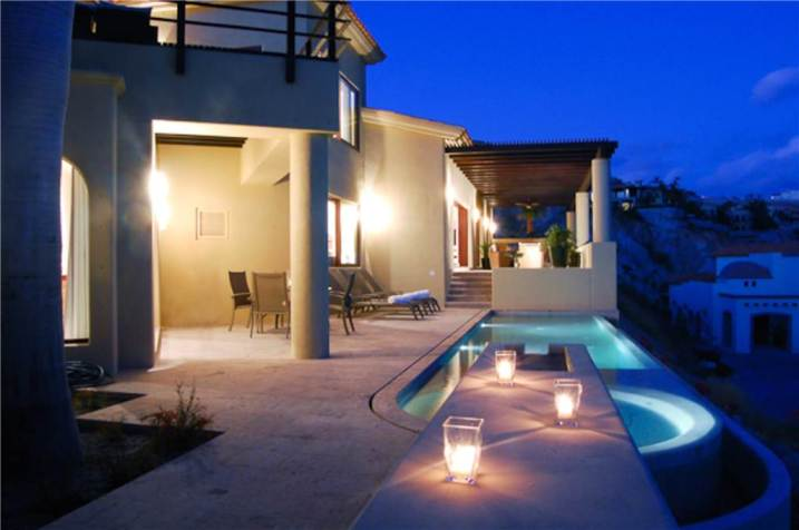 villa-cielo-pool-deck