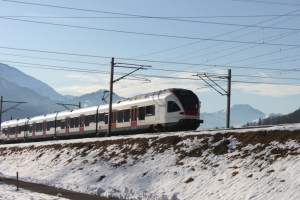 Würde durch den Doppelspurausbau Walchwil mächtig profitieren: Der Regionalverkehr in Richtung Zug (Symbolbild)
