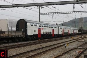 Die drei Twindexx-Zwischenwagen auf dem Weg nach Görlitz und Henningsdorf