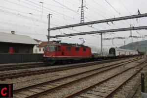 SBB Cargo Re 4/4 III 11361 mit dem GZ 49085 Villeneuve–Basel SBB RB (–Görlitz)
