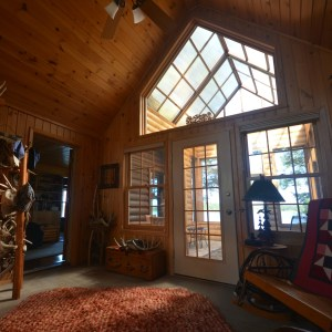 Northern Wisconsin Hunting Retreat with cabrio roof