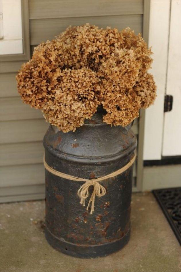 Farmhouse Porch Decorating Ideas - Antique Milk Pail Planter - Cabritonyc.com